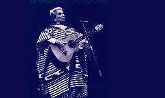 Chavela Vargas on stage 2